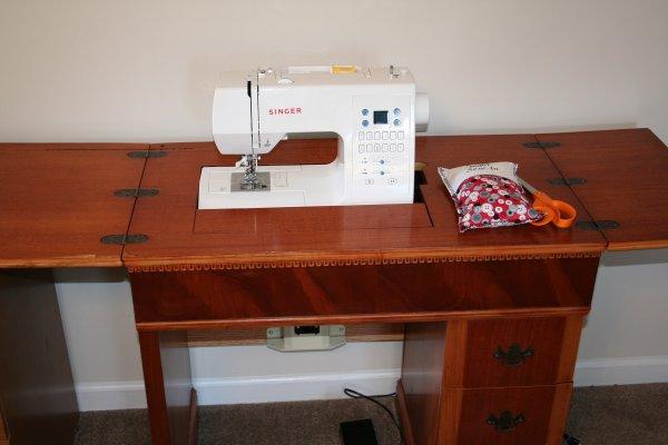 Super Mom No Cape 187 Vintage Sewing Machine Cabinet
