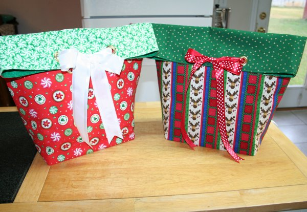 Gift bags for giveaway