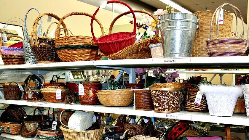 Christmas on a Budget – Start Collecting Baskets