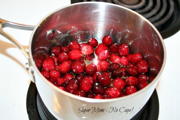 The Best Ever Homemade Cranberry Sauce – Super Mom – No Cape!