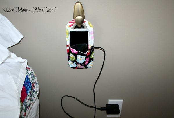 Cellphone Charging Station with it plugged in