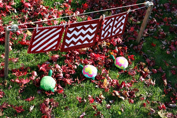 Turtle quilts blowing in the wind