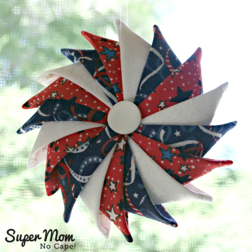 Star and Streamers Patriotic Prairie Point Star Ornament