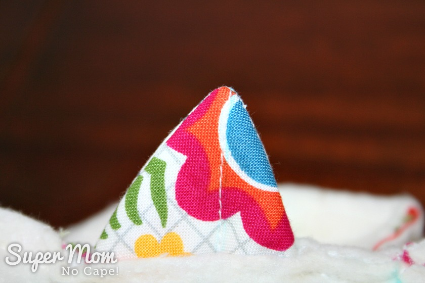 Charm Square Soup Bowl Cozy Tutorial - push the corner out to a point
