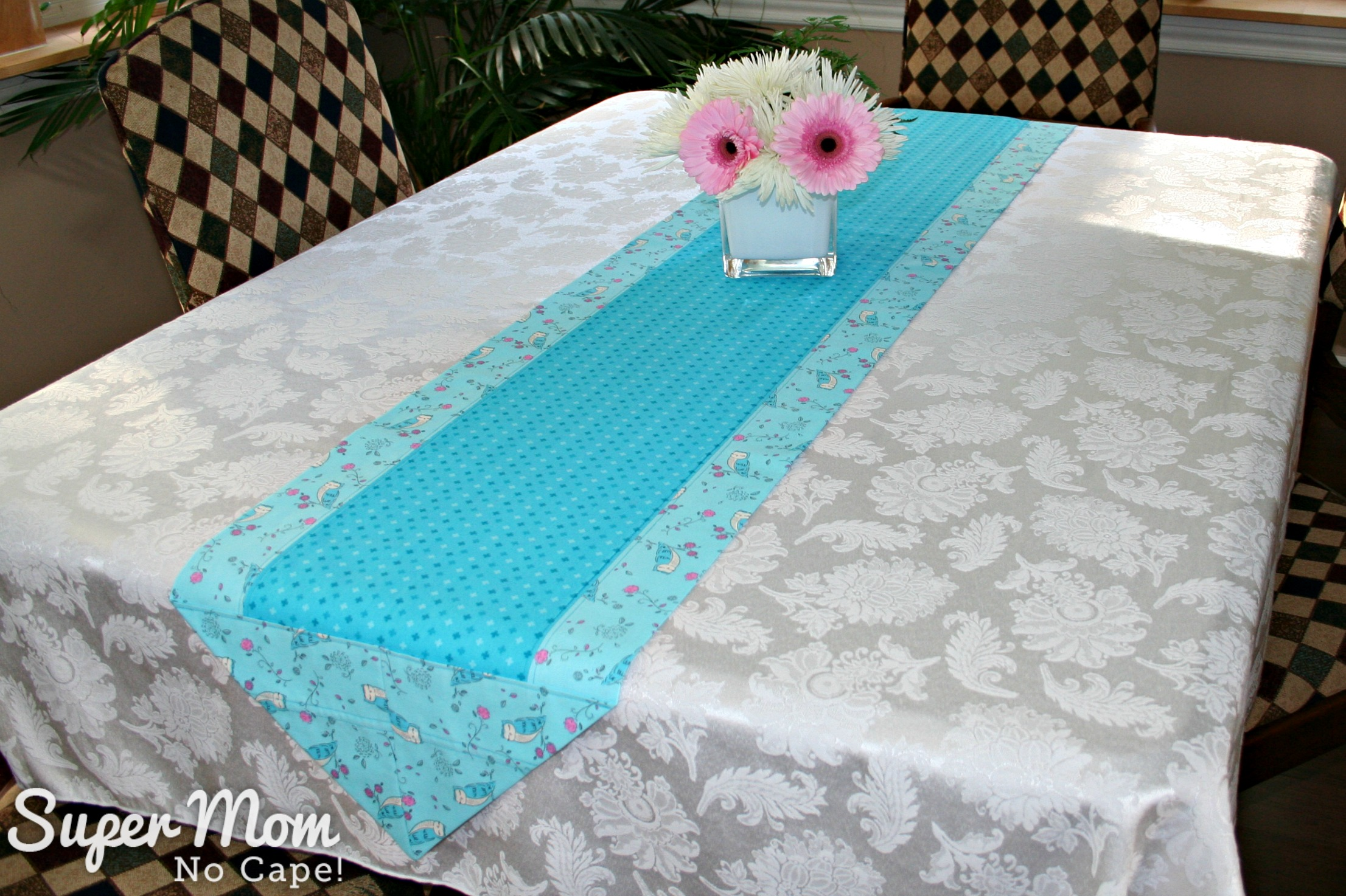 One Hour Table Runner - Owl fabric as the border fabric