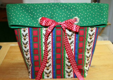 Grommet Bow Gift Bag