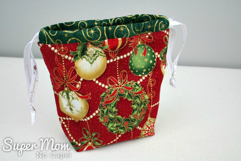 Alternate view of Drawstring Gift Bag done in traditional Christmas fabrics