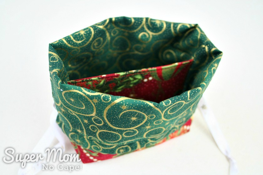 Contrasting divider in the Drawstring Gift Bag traditional fabric