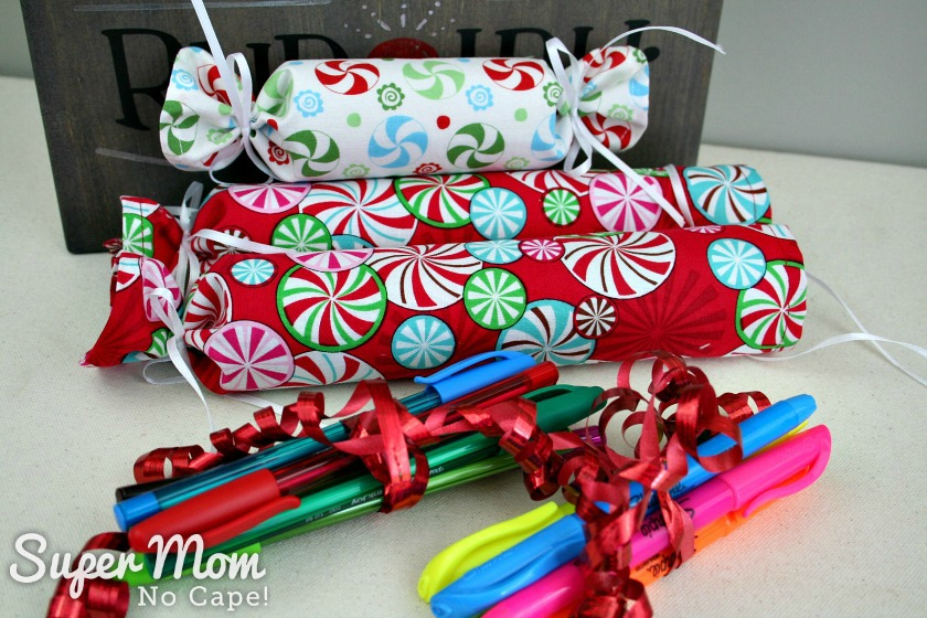 Diy fabric christmas crackers lots of filler ideas pens and markers to fill larger fabric christmas crackers solutioingenieria Image collections