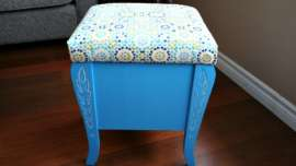 Finished thread storage stool upcycle