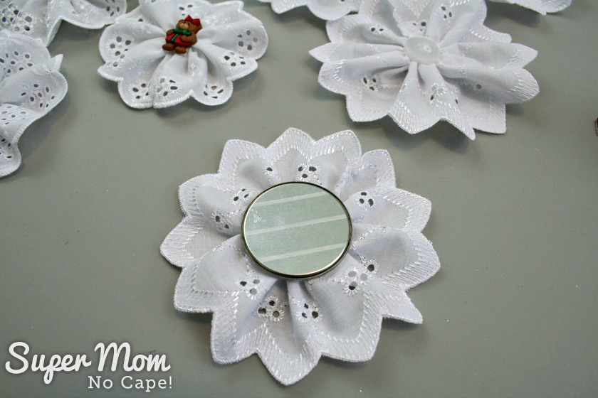 Showing that a metal circle can also be used for a backing for the Christmas Button Lace Ornament