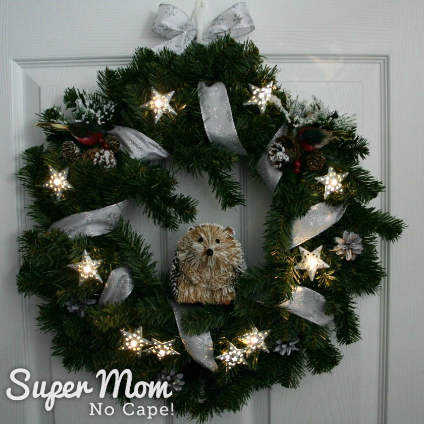 Hedgehog wreath with stars lit