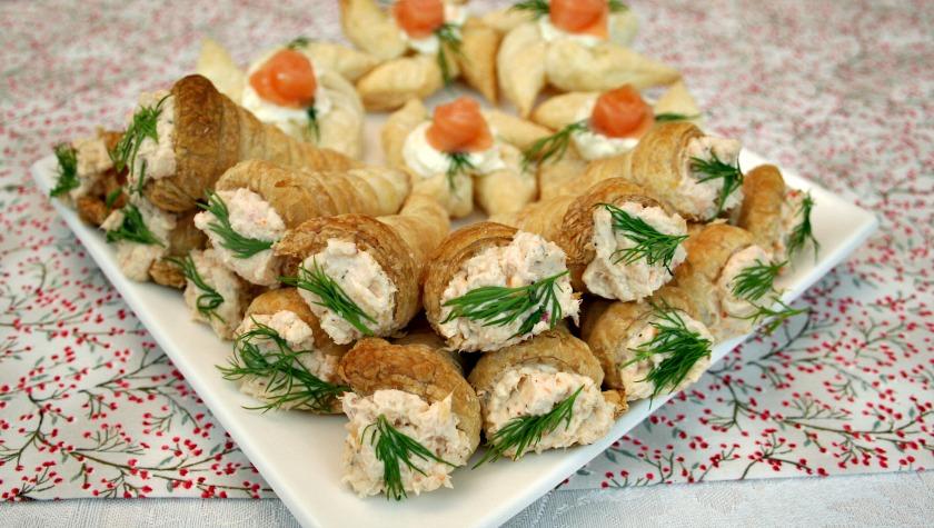 Delicious Mini Puff Pastry Cone Appetizers