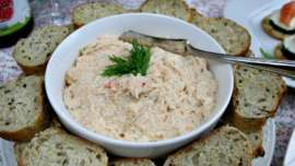Sweet Chili Shrimp Dip in bowl with sliced bread beside