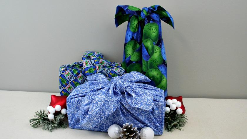 Christmas Furoshiki (Japanese Fabric Wrapping)