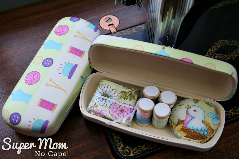 Glasses case sewing kit using sewing themed glasses case