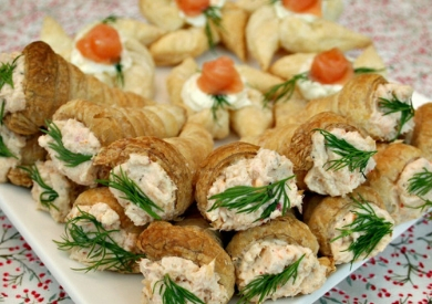Mini Puff Pastry Cone Appetizers